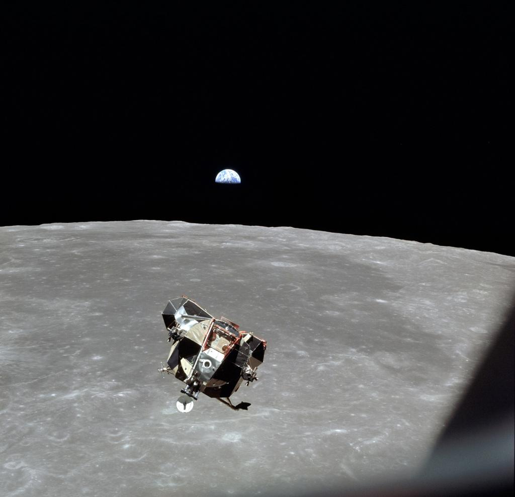 Eagle - Moonwalk One