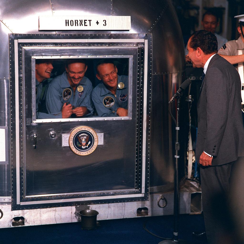 Moonwalk One Nixon