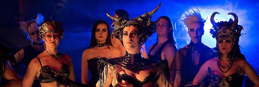 dark_circus-dark-circus-julia-ostertag