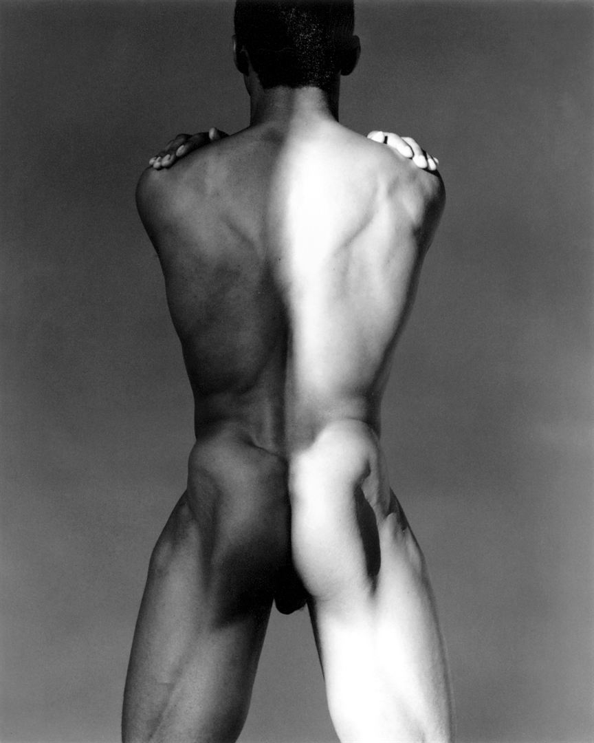 mapplethorpe-look-at-the-pictures